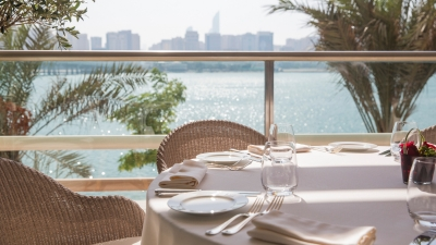Four Seasons Hotel Abu Dhabi at Al Maryah Island Outdoor Dining