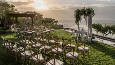 Bali Beach Wedding in Four Seasons Resort Jimbaran Bay