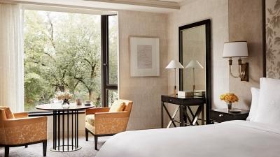 boston hotel room at four seasons