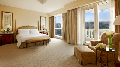 guest room with balcony at four seasons hotel cairo at the first residence
