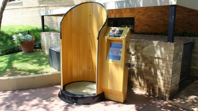 Touchless Sunscreen Application System at Four Seasons Dallas