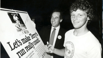 Isadore Sharp and Terry Fox in 1980 - Terry Fox Run