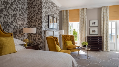 guestroom at four seasons hotel the westcliff