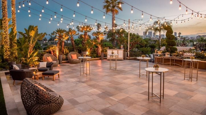 Four Seasons Hotel Los Angeles At Beverly Hills Launches The Deck An Exclusive Outdoor E Located In Upper Pool Area