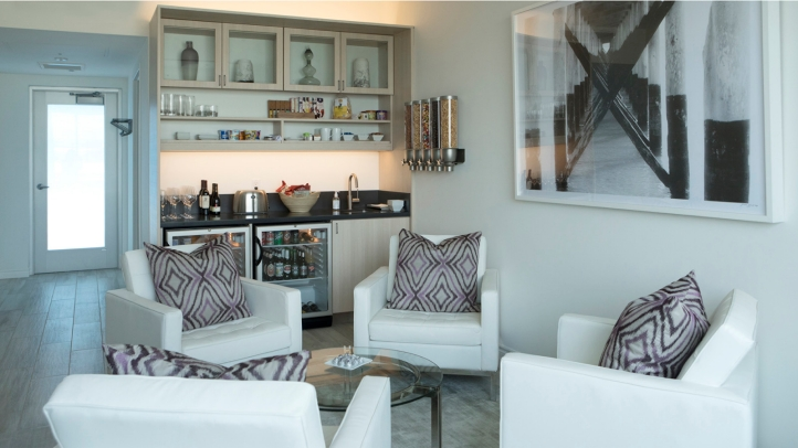 Four Seasons Resort Bora And Resorts Hawaii Partner With The Private Suite At Los Angeles International Airport Lax
