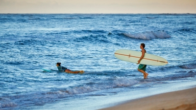 Surfing with Four Seasons Hawaii