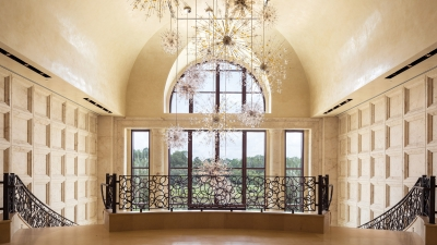 Fireworks-inspired chandelier at Four Seasons Orlando