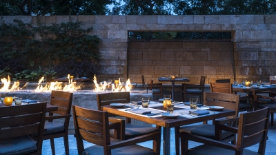 Outdoor Dining at Four Seasons Hotel Silicon Valley at East Palo Alto