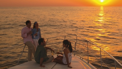 Sunset cruise with Four Seasons