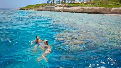 Luxury sharm el sheikh resort offers eid escape at four seasons - Dive inn resort egypt ...