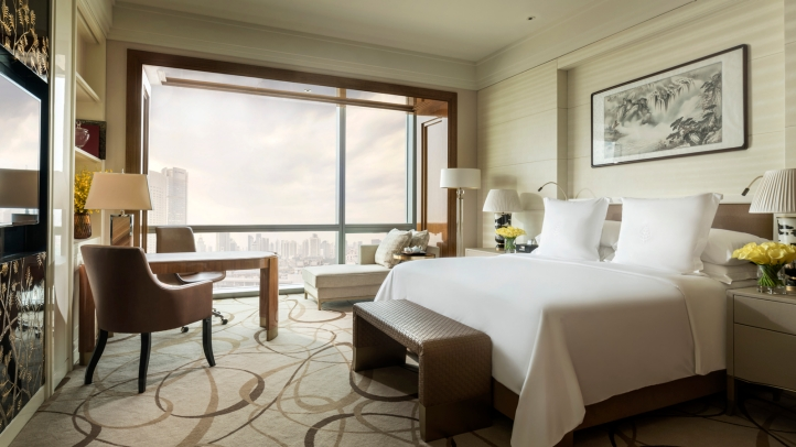 luxury guestroom at four seasons hotel tianjin