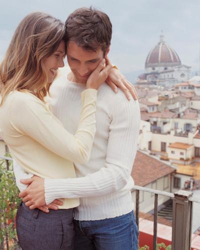 Hier 5 redenen waarom je met een Italiaan zou kunnen daten.